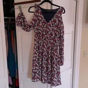Women's Banana Republic cold shoulder dress, 8